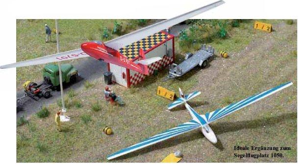 Segelflugzeug mit Anhänger