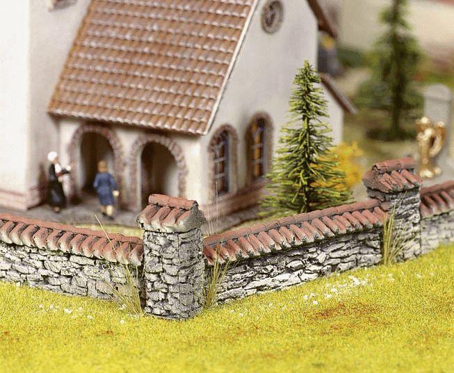 Landhausmauer