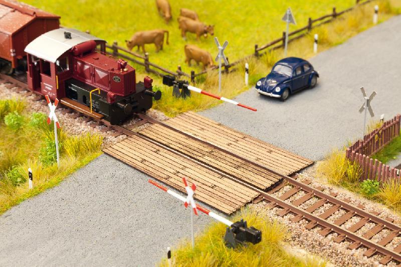 Bahnübergang Holzbohlen