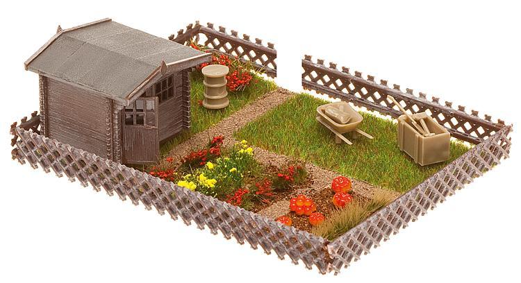 Schrebergarten mit kleinem Gartenhaus