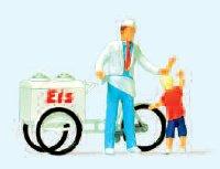 Eisverkäufer stehend, mit Kind