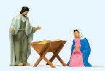 Maria und Josef mit Krippe