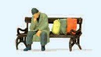 Obdachloser auf Bank