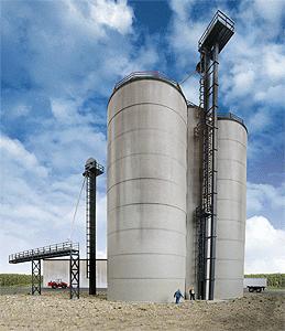 Corn Storage & Elevator