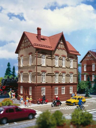 Wohnhaus am Bahndamm