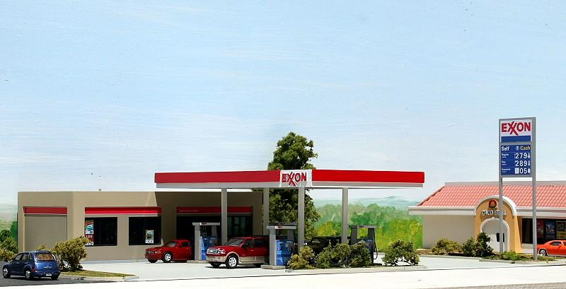 Exxon Gas & Convenience Store