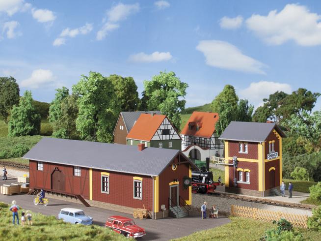 Bahnhof Steinbach mit Wasserhaus