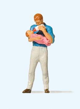 Vater mit Säugling