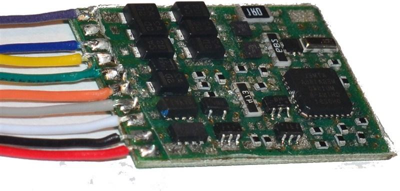 Multiprotokoll-Funktionsdecoder (DCC/Motorola)
