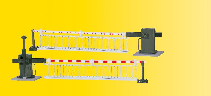 Bahnschranke mit Behang, vollautomatisch