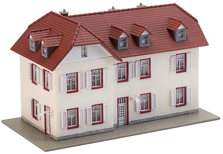Zweistöckiges Winkelhaus