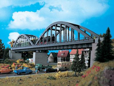 Stahlbogenbrücke, gerade