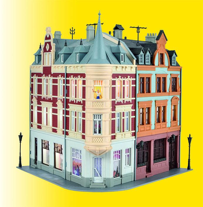 Stadthaus mit Figur