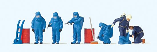 Feuerwehrmänner, blauer Schutzanzug
