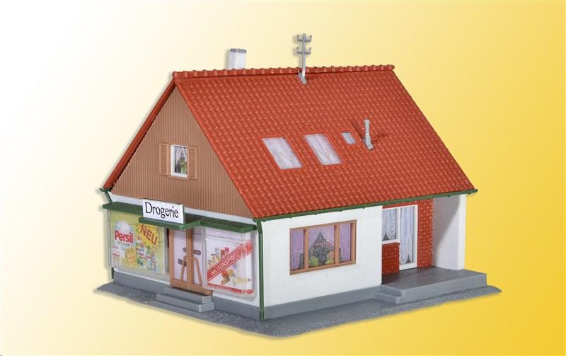 Einfamilienhaus mit Laden