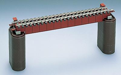 Stahlbrücke mit Gleis