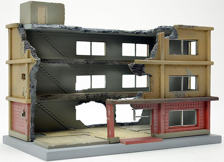 Gebäude im Abriss B (Bausatz)
