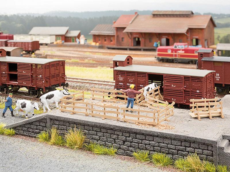 Viehverladebrücken mit Gattern