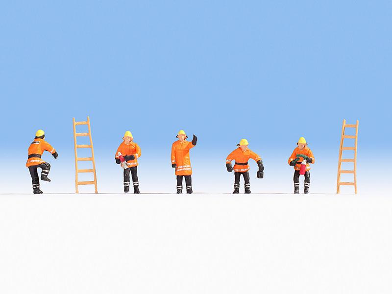 Feuerwehr, orange Schutzanzüge
