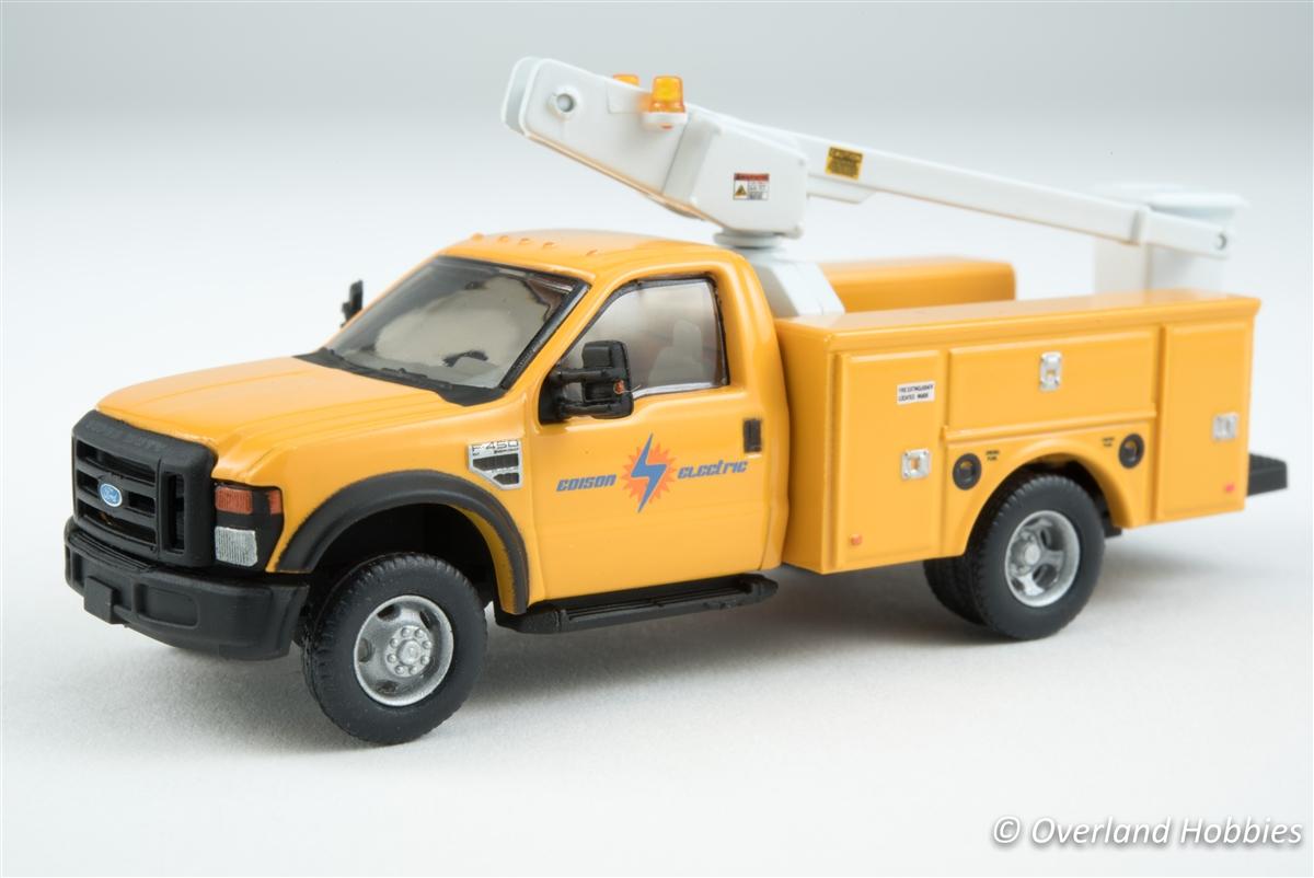 Bucket Truck w/dual rear wheels