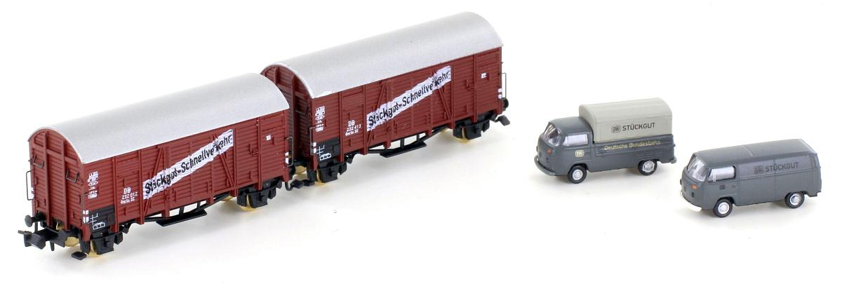 Geschl. Güterwagenset (2) mit VW Bus - DB