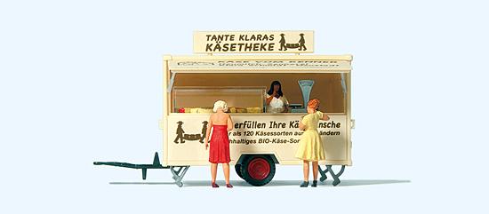Verkaufswagen Käsetheke