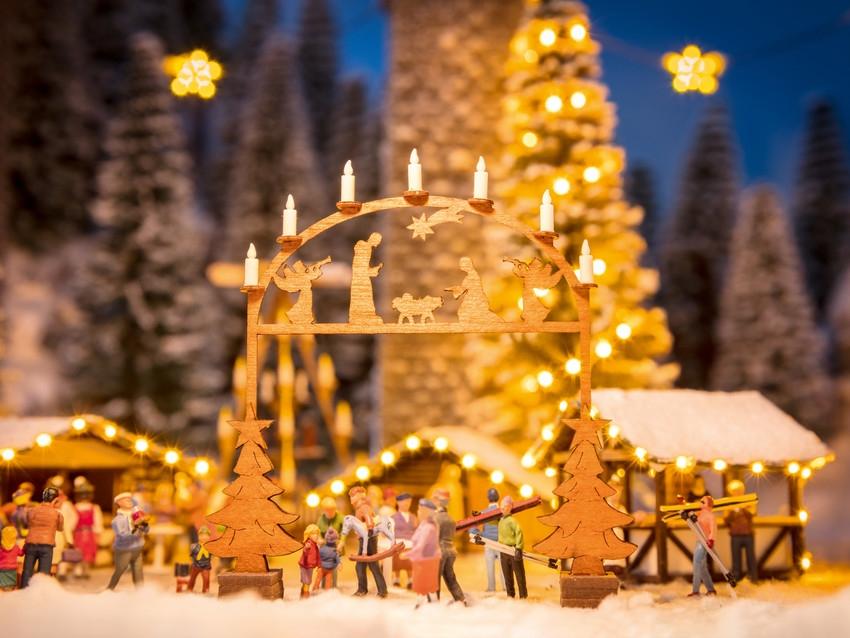 Weihnachtsmarkt-Eingangsbogen