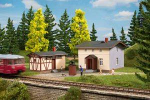 Bahnwaerterwohnhaus mit Nebengebaeude