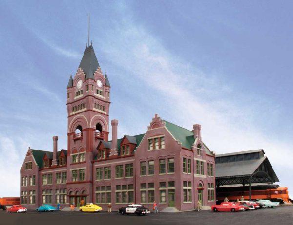 Milwaukee Everett Street Station and Train Shed